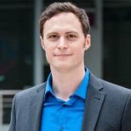 Matthias Kucharska-Huelsmann, Systems Architect